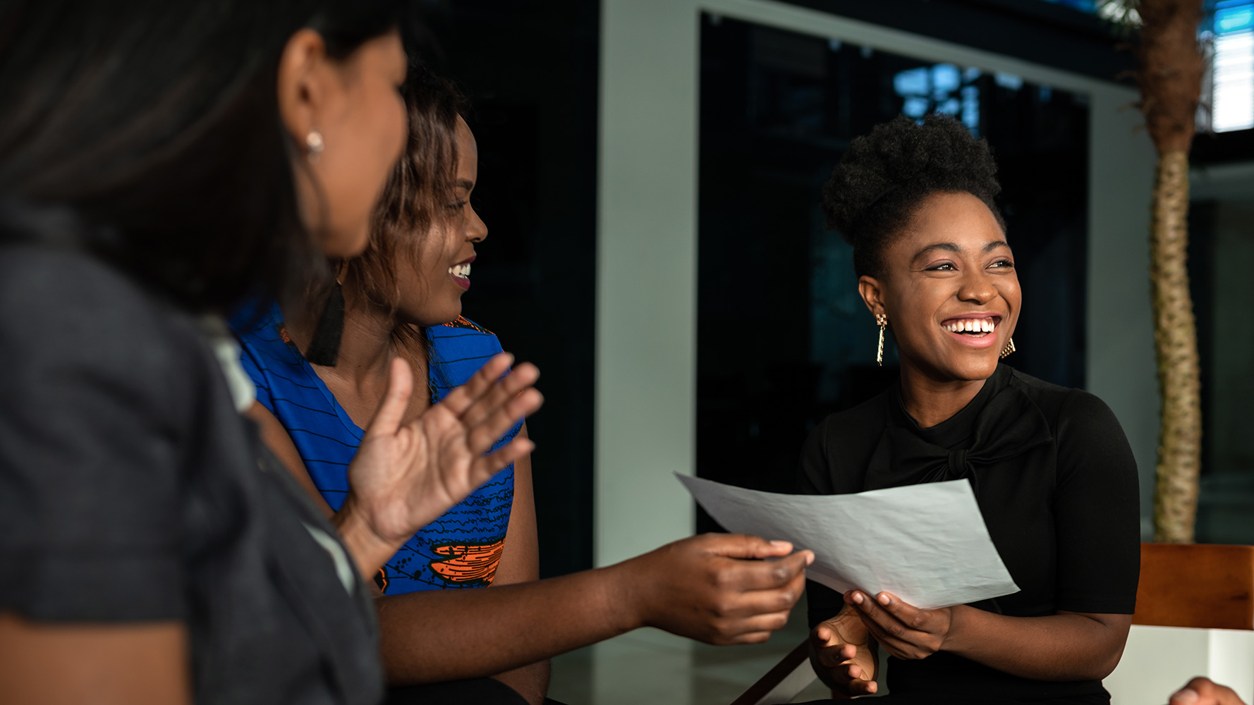 What I Wish I Knew: Learning from Women Lawyers of Color about Their Law School Experiences
